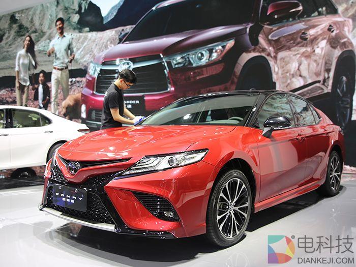 第八代丰田凯美瑞广州车展实拍:外观更激进对标十代雅阁