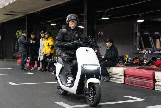 九號電動E系列試駕體驗?這才是互聯網時代摩托車該有的樣子1286.png