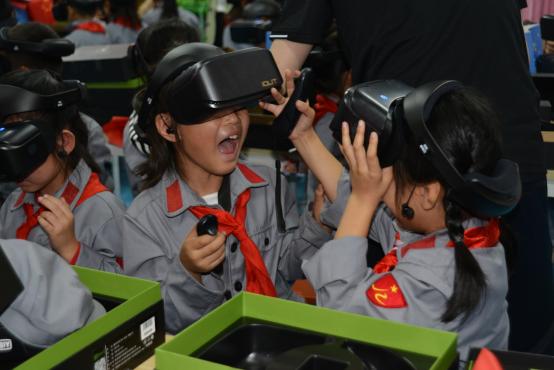 【新闻稿】VR科技启迪梦想