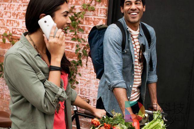 苹果和三星的警钟:75美元智能手机来袭