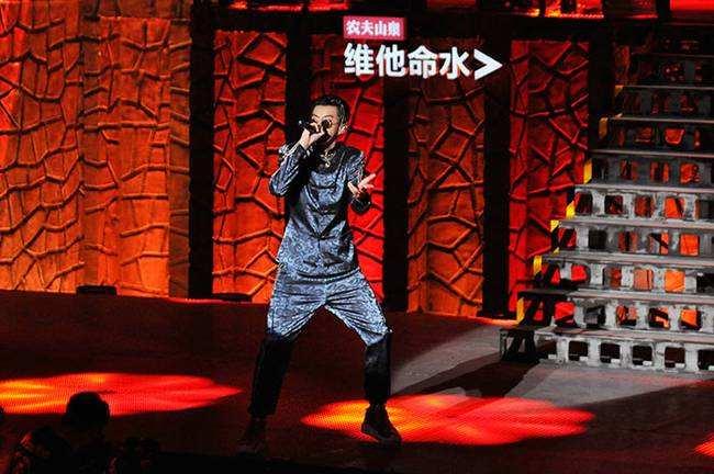 《中国有嘻哈》背后掀版权争夺乱战 流量歌曲变现难