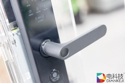 小米米家智能门锁:智能监控可全方位保护居家安全