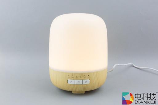 Emoi 香薰灯:可当音箱与氛围灯的加湿器,功能多到无可挑剔