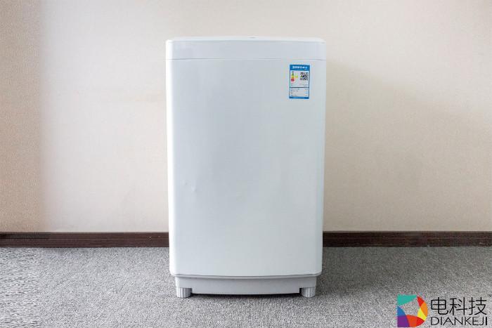 """Redmi全自动波轮洗衣机1A :""""小块头有大容量"""",超级能洗还不贵"""