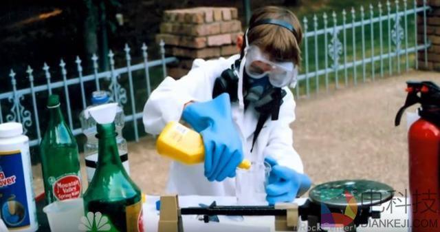 少年14岁时造出核反应堆,未来是我们90后的天下